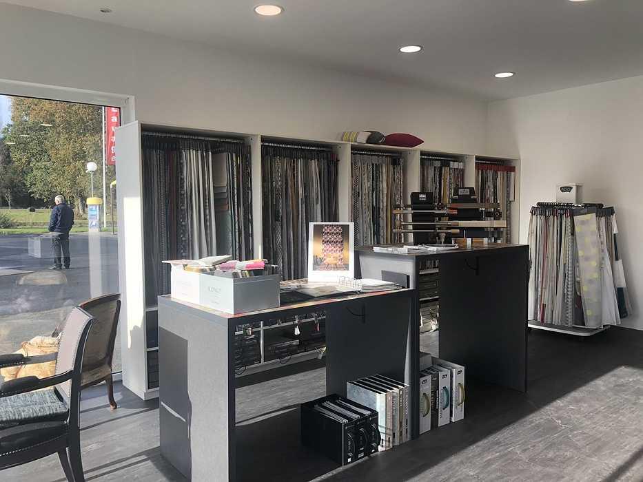 Nouveau Showroom pour COSI TAPISSIER / Lanvollon img1615